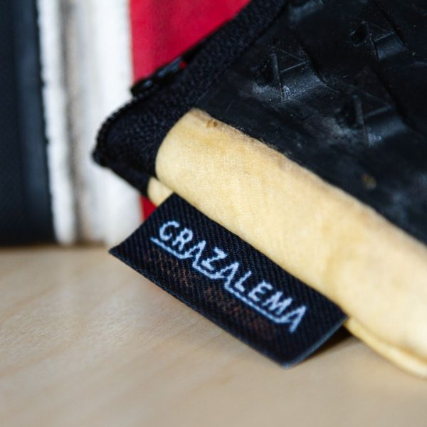 Cyclist Wallet detail label